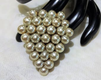 Vintage Champagne Coloured Faux Pearl Dress Clip