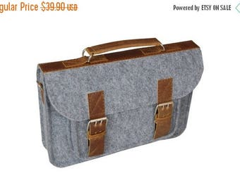 Christmasinjuly Laptop bag 11 in, felt satchel, macbook pro, macbook air 11 inch sleeve, case, bag with leather strap buckle