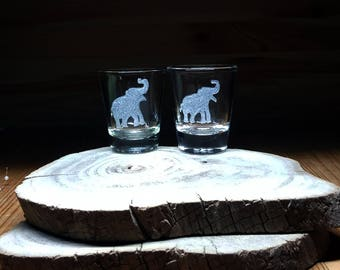 2 Elephant Shot Glasses, Shot Glass, Elephant Etched Glass, Elephant BarWare, Elephant Glass, Shot glasses party Favors, Gift for Mom & Dad