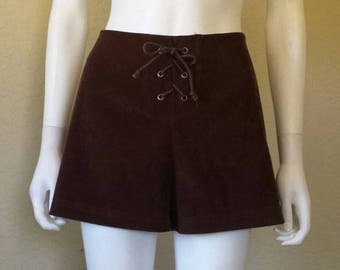 Dark brown lace up 90s shorts