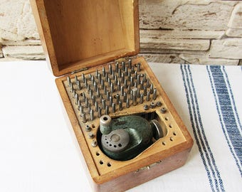 Vintage Favorite Watch Staking Tool Set Swiss Made Watchmakers Tool Set Boxed Watch Jeweler Repair Clockmakers Staking Set  Watch Making