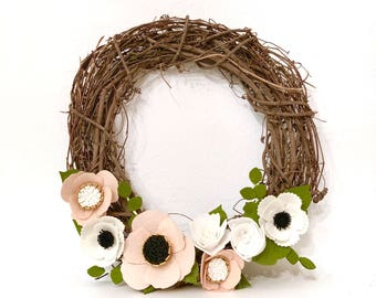 Wreath / Felt flower wreath / holiday wreath / spring wreath / blush wreath / home decor / blush home decor / front door wreath / xmas gift