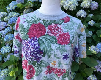 90's Floral Shirt // Medium // large // women's // Vintage // Daisies // Roses // Hydrangeas