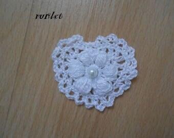 crochet heart/crocheted flowers