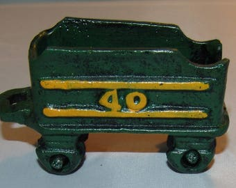 Vtg Cast Iron Train Car Railroad Green Yellow # 40 RR Locomotive Coal Paperweight Vintage
