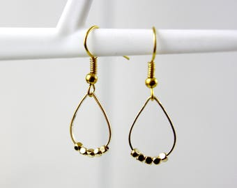 Gold-plated beads magic - geometric earrings earrings - earrings - - A25 round discreet earrings - earrings - earrings - minimalist