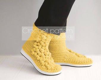 Crochet pattern: women outdoor boots,crochet boots on soles,all women sizes,street crochet boots,adult,girl,mollie flowers,short boots