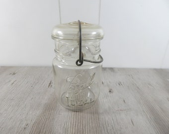 Vintage Mason Jar 1950's Glass Top steel close Ball Ideal