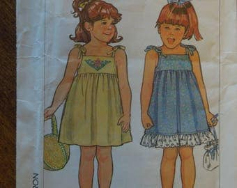 Simplicity 7424, size 5, pullover sundress, childrens, girls, UNCUT sewing pattern, craft supplies
