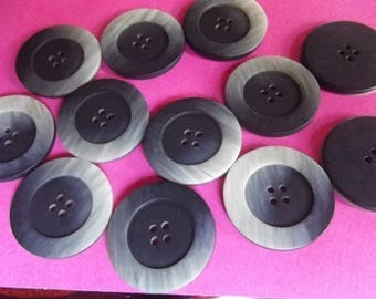 10 buttons 28mm in diameter, slate color, 4 trous.en plastic