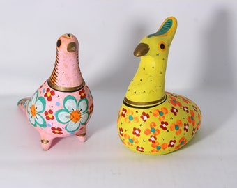 Vintage Mexican Fiesta Tonala Ceramic Hand Painted Bright Colors Birds Dove And Quail Set of 2