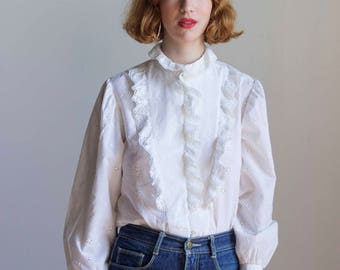 1970s White Cotton Eyelet Ruffled Blouse // Size Medium