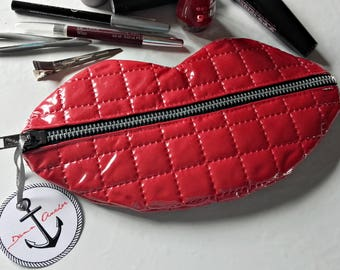 KISS RED LIPS cosmetic make up bag
