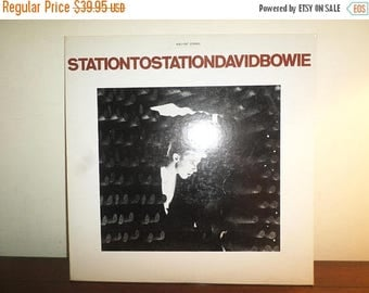 Save 30% Today Vintage 1976 Vinyl LP Record Stationtostation David Bowie Near Mint Condition 11479
