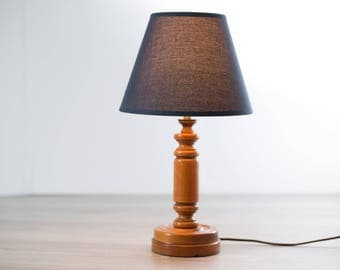 Wood Table Lamp / 1970's Vintage Hickory Style Carved Wood Accent Lamp / Cottage Cabin Northern Lighting with Blue Shade