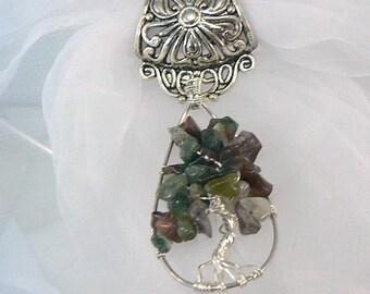 Bijou d'écharpe ou de foulard, bélière argentée wire wrapping arbre de vie