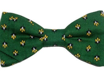 Bowtie Provence green and yellow with sharp edges