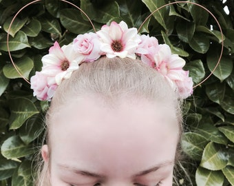 The Fairytale Collection: Rapunzel Tangled Inspired Pastel Pink & Cream Daisy Rose Disney Floral Wire Mickey Mouse Ear Headband Handcrafted