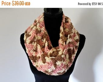ON SALE Infinity Scarf - Cowl Scarf, Circle Scarf, Chunky Scarf, Crochet Scarf, Handmade Neckwarmer Scarf, Gift for Her, Scarves for Women
