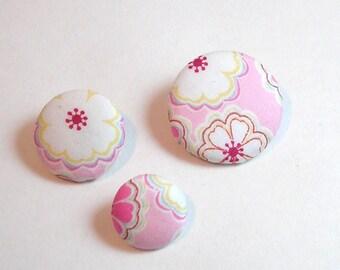 Liberty Toria button pink 28 mm