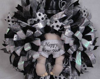 Happy New Year Mesh Wreath, New Year's Baby with Top Hat Mesh Wreath, Celebration Wreath, New Year's Eve Party Decoration