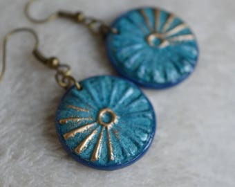 Earrings Fimo / polymer clay - round / circles Blue / Navy Blue - embossed bronze