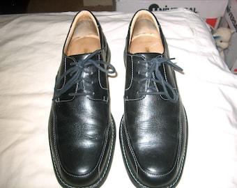 Vintage Johnston & Murphy Black Leather  Men's Shoes, Size 10 M, Tie, Brazil, WAS 45.00 - 20% = 36.00