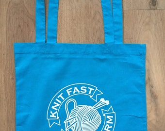"""Cotton Tote Bag """"Knit Fast Feel Warm"""", Shopping Bag, Knitting Bag, Yarn Bag, Quote , Gift for Knitters, Yarn Storage, Yarn Lovers"""