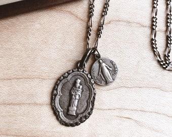 """Vintage Spanish Catholic """"Nuestra Señora del Pilar"""" Necklace"""