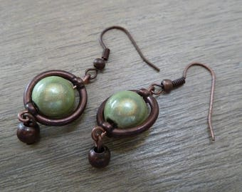 Earrings color coppery green magic beads