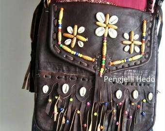 "Black bag ""Haya"" summer chocolate leather, beads and shells"