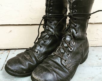 7R 7 mens 9 womens leather combat boots
