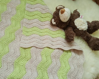 100% wool! Baby blanket 50 x 50 cm in pattern