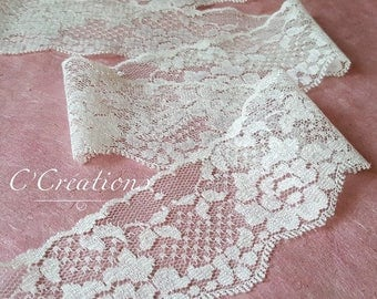 Delicate lace for chic and vintage wedding decoration, ivory