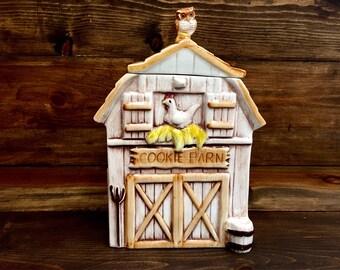 1960's Treasure-Craft Cookie Barn Cookie Jar Made in USA
