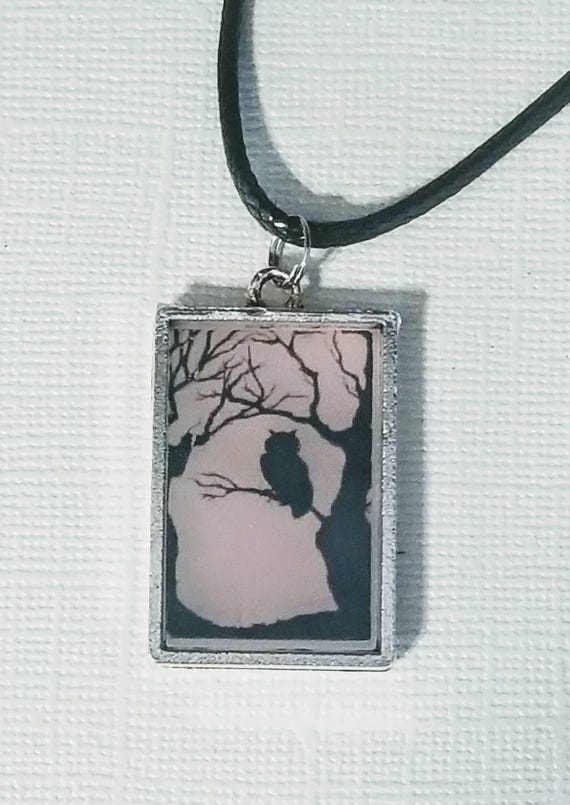 Wise Owl - color changing necklace