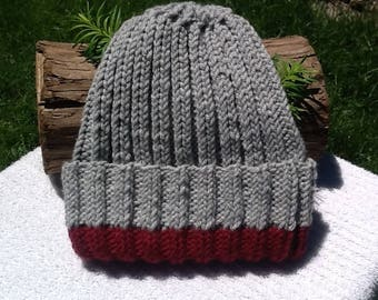 Knit watchmans hat. Gray and maroon adult watchmans hat. Gray and cranberry stocking hat. Washington State stocking hat. Soft and warm
