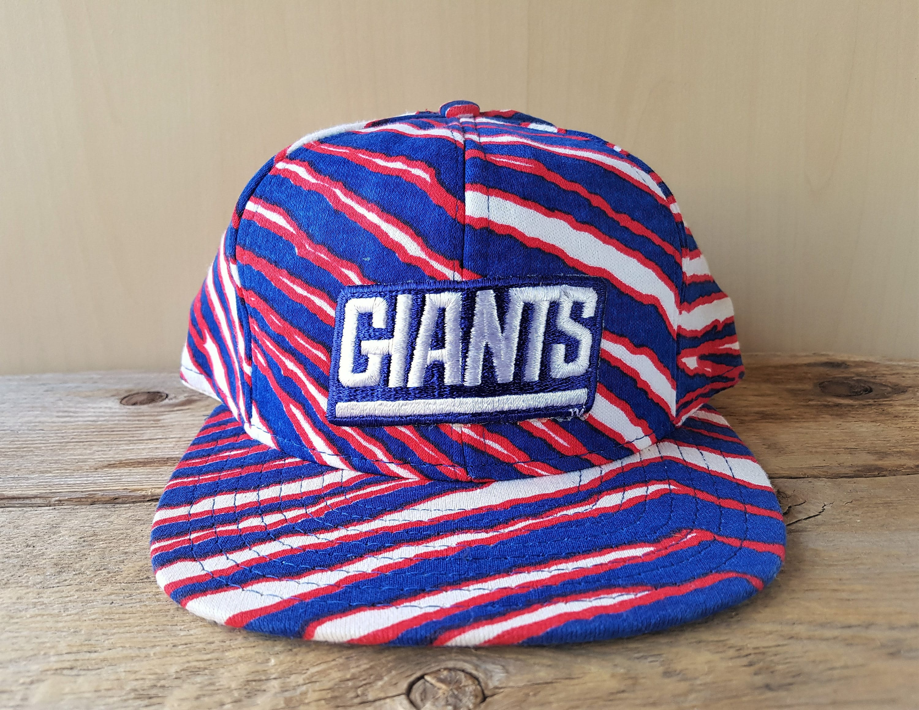 New York GIANTS Vintage 90s ZUBAZ Snapback Hat by AJd Official NfL Football  Team One Size 7596da692