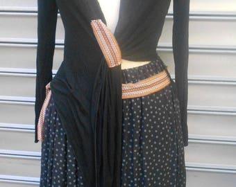 cache coeur en coton bio noir coordonnée à la jupe bohéme