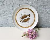 Vintage Tettau Atelier German Porcelain Zodiac Plates - Pisces - White - Gold Metallic - Hanging Plates - Fische - Pieces Zodiac Sign -
