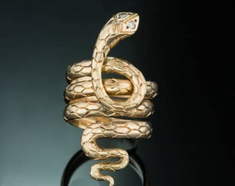 Vintage diamond sensual snake ring Art Deco