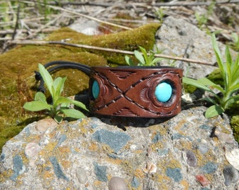 Embossed leather bracelet with turquoise Three stars Leather bracelet Cuff leather bracelet Womens bracelet Mens bracelet Brown bracelet
