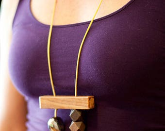 Art Bar Necklace : Olive + Aluminum + Faceted Pine