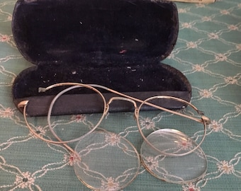 Antique Gold Rim Eye Glasses and Case