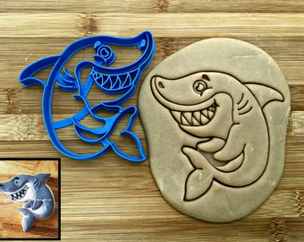 Smiling Shark Cookie Cutter/Multi-Size