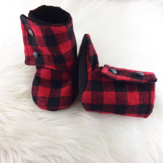 BePe Baby soft soled infant slippers shoes for boys and girls are just the thing to keep your little one comfortable, warm, and stylish! And they stay on better than most infant booties!