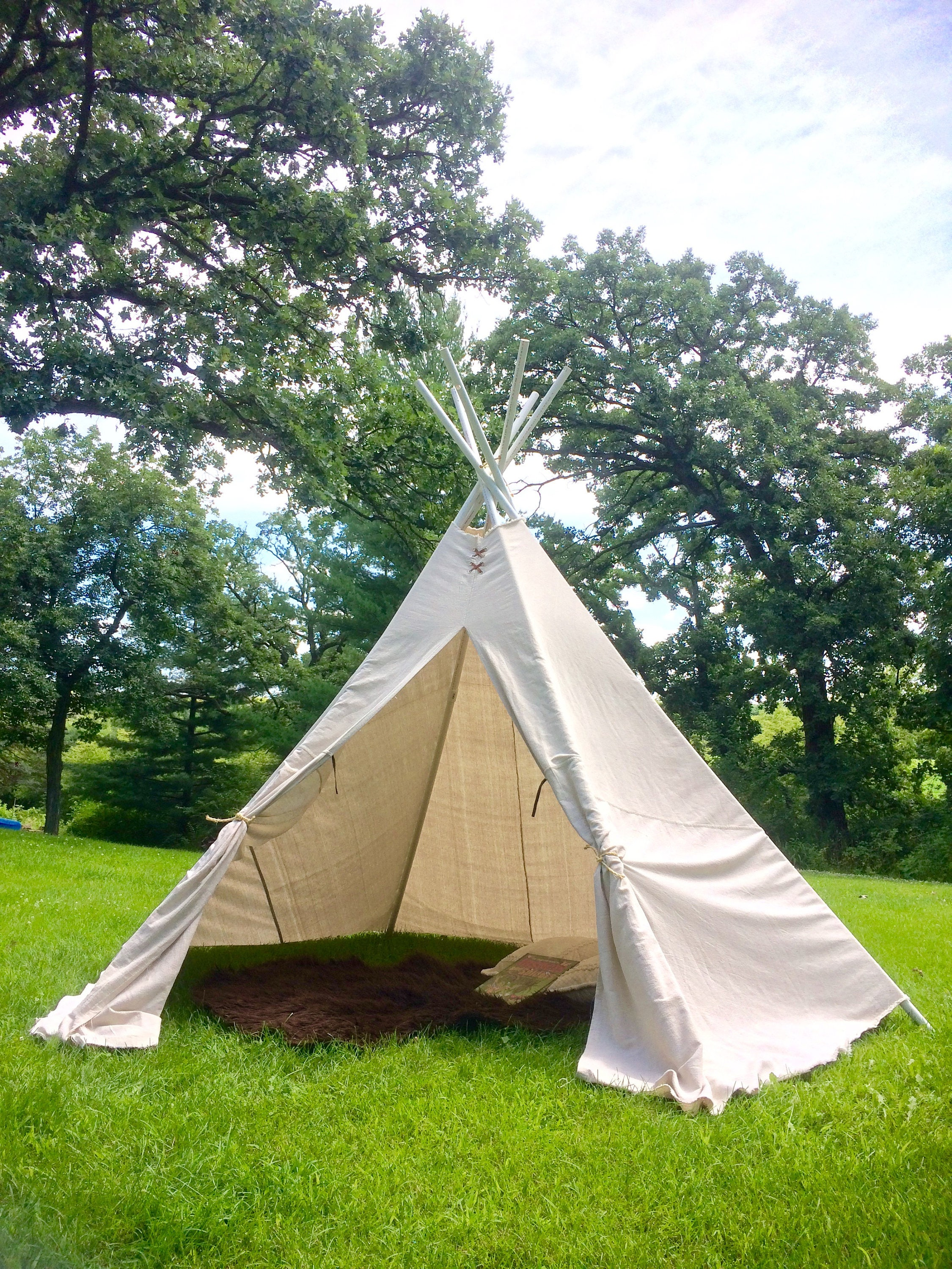 teepee 8 1 2 ft tall xl with poles
