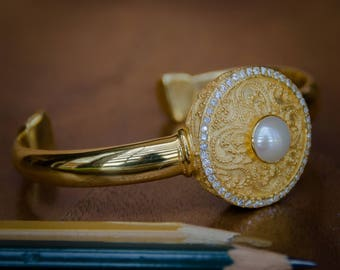 Gold Over Sterling Silver Tamiang Bangle, Balinese Bangle, 925 Sterling Silver, White Pearl Bangle, Fine Quality