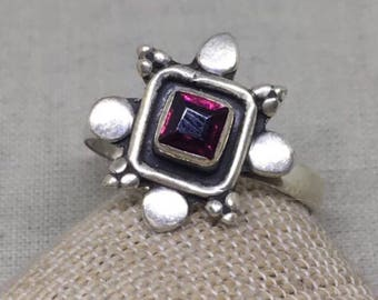 Cute bohemian garnet and sterling silver ring