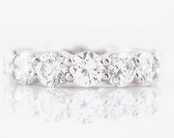 Right Hand Ring Modern 6.97 Round Brilliant Cut Diamond in Platinum